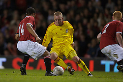 Manchester, England - Thursday, April 26, 2007: Liverpool's Ray Putterill and Manchester United's Antonio Bryan during the FA Youth Cup Final 2nd Leg at Old Trafford. (Pic by David Rawcliffe/Propaganda)