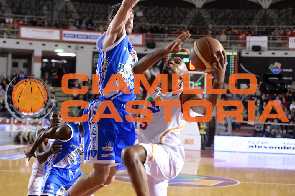 DESCRIZIONE : Campionato 2013/14 Acea Virtus Roma - Dinamo Banco di Sardegna Sassari<br /> GIOCATORE : Phil Goss<br /> CATEGORIA : Tiro Penetrazione<br /> SQUADRA : Acea Virtus Roma<br /> EVENTO : LegaBasket Serie A Beko 2013/2014<br /> GARA : Acea Virtus Roma - Dinamo Banco di Sardegna Sassari<br /> DATA : 26/12/2013<br /> SPORT : Pallacanestro <br /> AUTORE : Agenzia Ciamillo-Castoria / GiulioCiamillo<br /> Galleria : LegaBasket Serie A Beko 2013/2014<br /> Fotonotizia : Campionato 2013/14 Acea Virtus Roma - Dinamo Banco di Sardegna Sassari<br /> Predefinita :