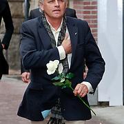 NLD/Amsterdam/20110722 - Afscheidsdienst voor John Kraaijkamp, Derek de Lint