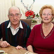 NLD/Huizen/20100105 - 50 jarig huwelijk echtpaar heer en mw. Ramselaar-Meijer