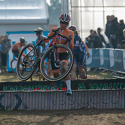 04-11-2018: Wielrennen: EK veldrijden: Rosmalen<br />Ceylin del Carmen Alvarado pakt overtuigend de Europese titel