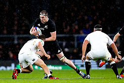 Brodie Retallick of New Zealand is tackled - Mandatory by-line: Robbie Stephenson/JMP - 10/11/2018 - RUGBY - Twickenham Stadium - London, England - England v New Zealand - Quilter Internationals