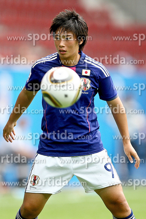 17.07.2010,  Augsburg, GER, FIFA U20 Womens Worldcup, Nigeria vs Japan,  im Bild Megumi TAKASE  (Japan Nr.9) , EXPA Pictures © 2010, PhotoCredit: EXPA/ nph/ . Straubmeier+++++ ATTENTION - OUT OF GER +++++ / SPORTIDA PHOTO AGENCY