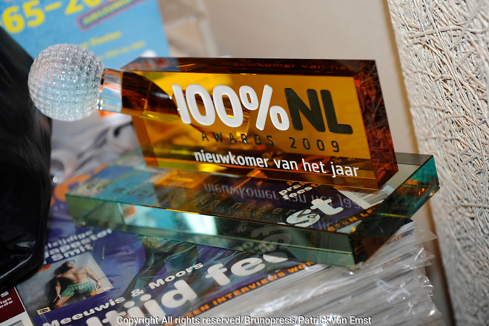 100 procent NL Awards 2010 in de studio van 100procent NL.<br /> <br /> Op de foto:
