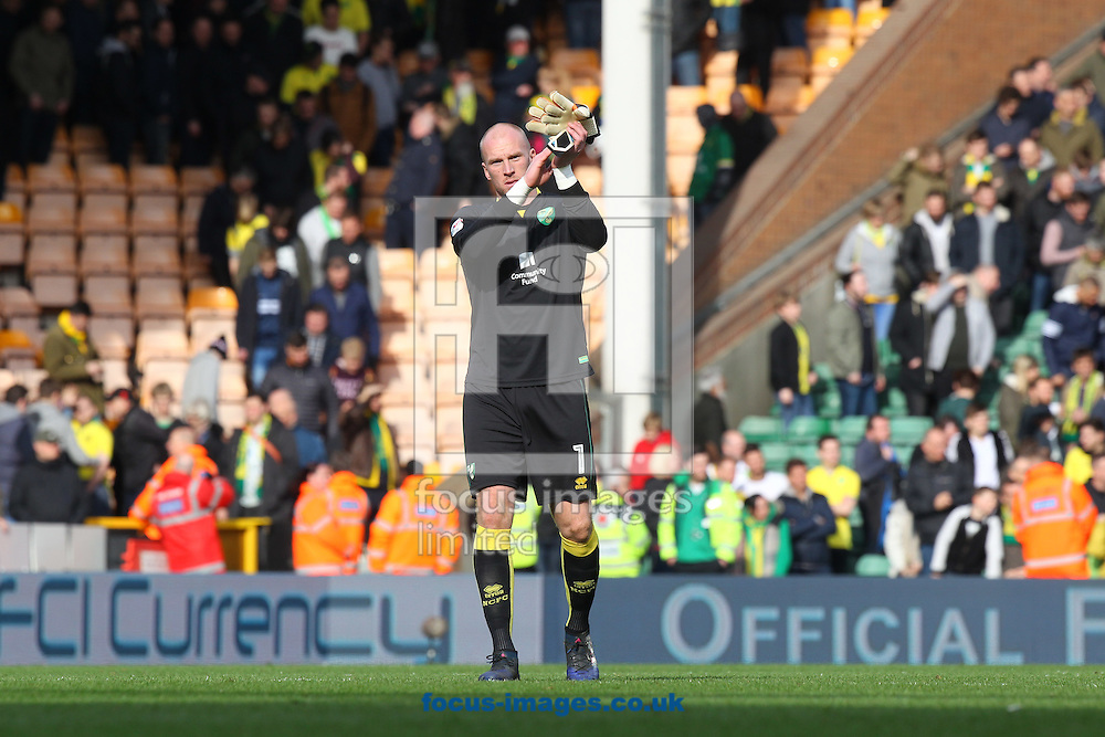 John Ruddy of Norwich applauds the fans at the end of the Sky Bet Championship match at Carrow Road, Norwich<br /> Picture by Paul Chesterton/Focus Images Ltd +44 7904 640267<br /> 26/02/2017
