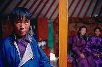 Mongolie, Province d'Arkhangai, Interieur d'une yourte, Nomades // Mongolia, Arkhangai province, nomad inside yurt