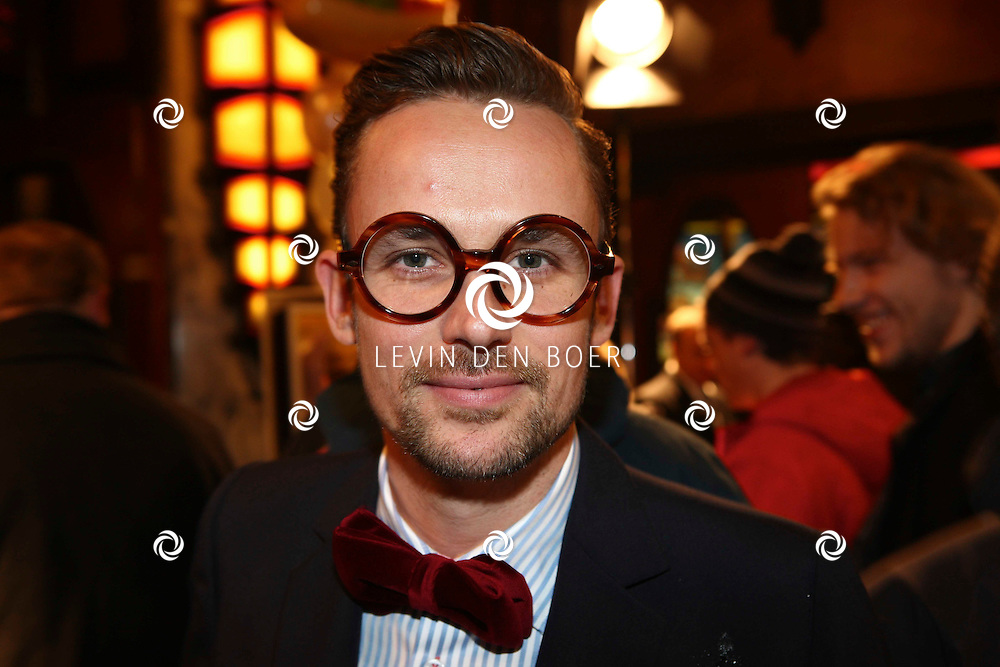 AMSTERDAM - Patrick Martens op de rode loper van de filmpremiere Dik Trom zondag in Amsterdam.  FOTO LEVIN DEN BOER - PERSFOTO.NU
