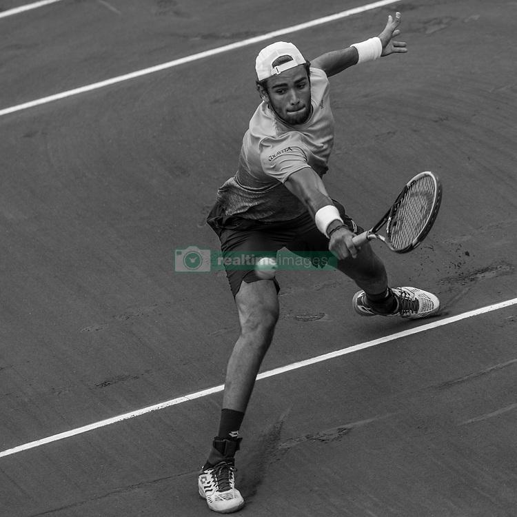 June 1, 2018 - Paris, Ile-de-France, France - Matteo Berrettini of Italy returns the ball to Dominic Thiem of Austria during the third round at Roland Garros Grand Slam Tournament - Day 6 on June 01, 2018 in Paris, France. (Credit Image: © Robert Szaniszlo/NurPhoto via ZUMA Press)