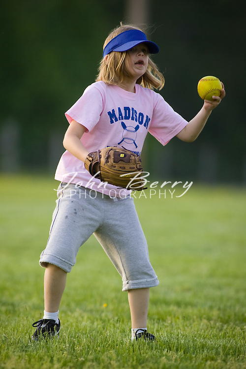 MCHS Instructional Softball .Game Action  .5/7/2008..