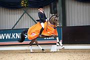 Sanne Vos - TC Champ of Class DVB<br /> KNHS Indoorkampioenschappen 2010<br /> © DigiShots