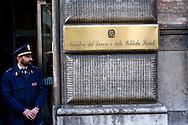 Roma 8 Marzo 2012.Precario ccupano gli uffici al terzo piano nella sede del ministero del Lavoro in via Veneto, per chiedere un incontro al ministro Elsa Fornero.L'ingresso del ministero
