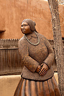 Santa Fe, New Mexico, Canyon Road, sculpture, art gallery