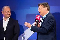 26.05.2019, Haus der Europaeischen Union, Wien, AUT, Runde der Spitzenkandidaten bei Puls 4, im Bild Werner Kogler (Gruene)// during round of top candidates at Puls 4 at the Haus der Europaeischen Union in Vienna, Austria on 2019/05/26. EXPA Pictures © 2019, PhotoCredit: EXPA/ Florian Schroetter