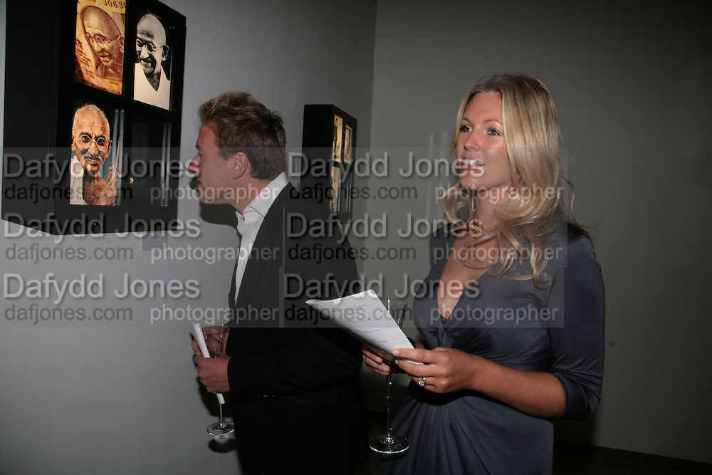BEN FOGLE AND MARINA HUNT, ' Show Off' Theo Fennell exhibition co-hosted wit Vanity Fair. Royal Academy. Burlington Gdns. London. 27 September 2007. -DO NOT ARCHIVE-© Copyright Photograph by Dafydd Jones. 248 Clapham Rd. London SW9 0PZ. Tel 0207 820 0771. www.dafjones.com.