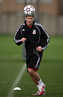 Photo: Paul Thomas.<br /> Liverpool Training session. UEFA Champions League. 21/11/2006.<br /> <br /> Steven Gerrard.