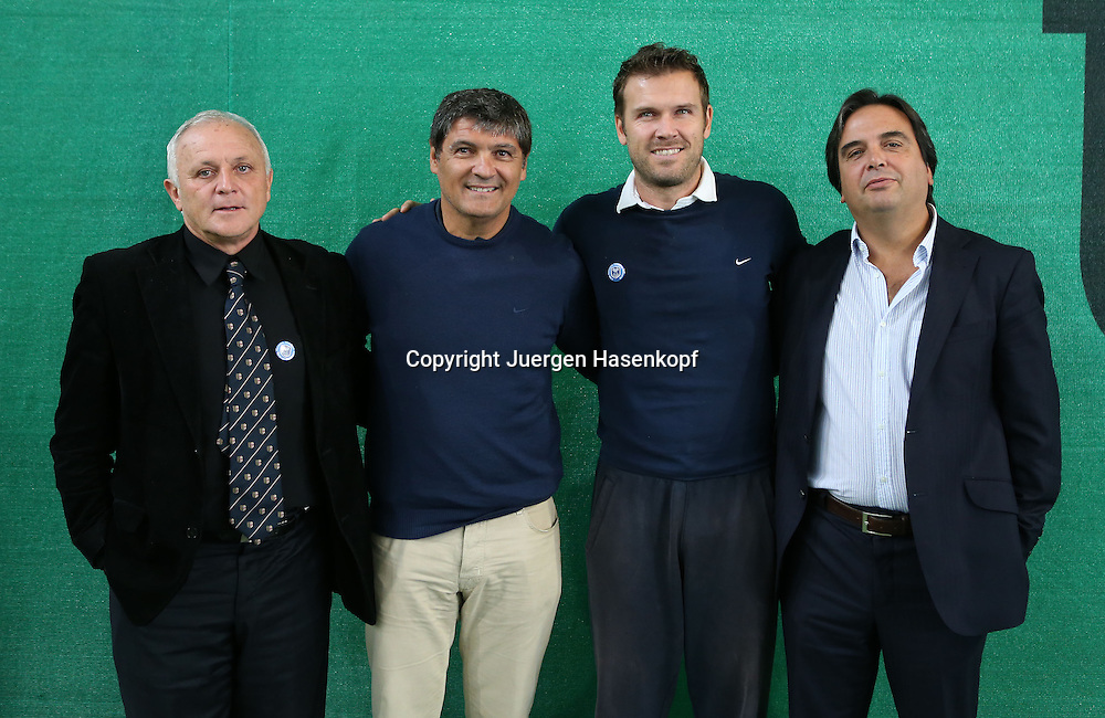 GLOBAL PROFESSIONAL TENNIS COACH ASSOCIATION (GPTCA) C-LEVEL KURSE in Muenchen.L-R Alberto Castellani (ITA), GPTCA President, Mental  Trainer,coach,Toni Nadal, Alex Waske und Giorgio di Palermo (ATP Board Member),Halbkoerper,Querformat,