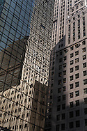 New york - Mobil  Building mirror reflection on Madison avenue  New York, Manhattan - United states / reflets miroir  du Mobil Building   Manhattan, New York - Etats-unis