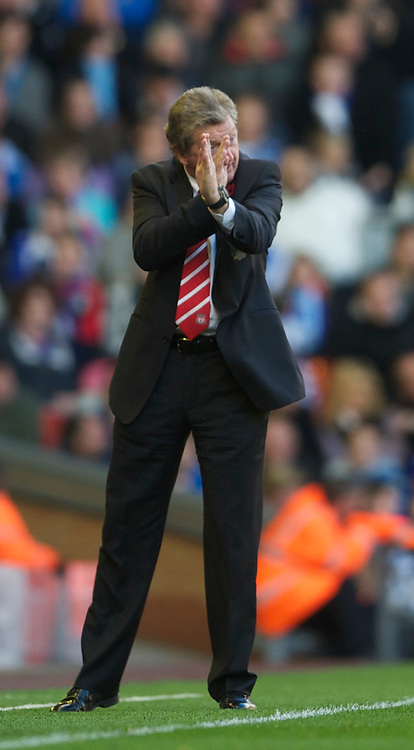 LIVERPOOL, ENGLAND - Sunday, October 24, 2010: Liverpool's manager Roy Hodgson during the Premiership match against Blackburn Rovers at Anfield. (Photo by David Rawcliffe/Propaganda)