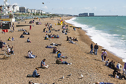 September 9, 2017 - Brighton, East Sussex, United Kingdom - Brighton, UK. Members of the public take advantage of the late summer sunshine to spend time on the beach in Brighton and Hove. (Credit Image: © Hugo Michiels/London News Pictures via ZUMA Wire)