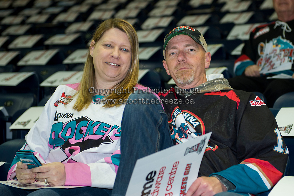 KELOWNA, CANADA - APRIL 25: Fans on April 25, 2017 at Prospera Place in Kelowna, British Columbia, Canada.  (Photo by Marissa Baecker/Shoot the Breeze)  *** Local Caption ***
