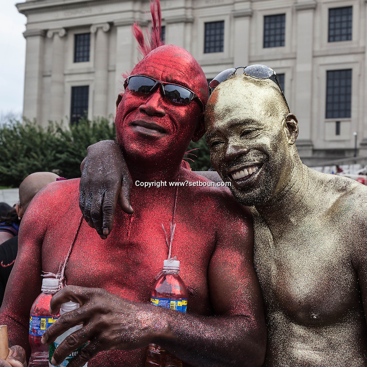 New York. Brooklyn. Tindian pagwah carnival, the West Indian American Day Parade & Carnival in Brooklyn,  new york ,  the city's biggest parade, celebrates its 41st anniversary / Brooklyn , New york ,  41 em parade  des africains de l ouest et des caraibes