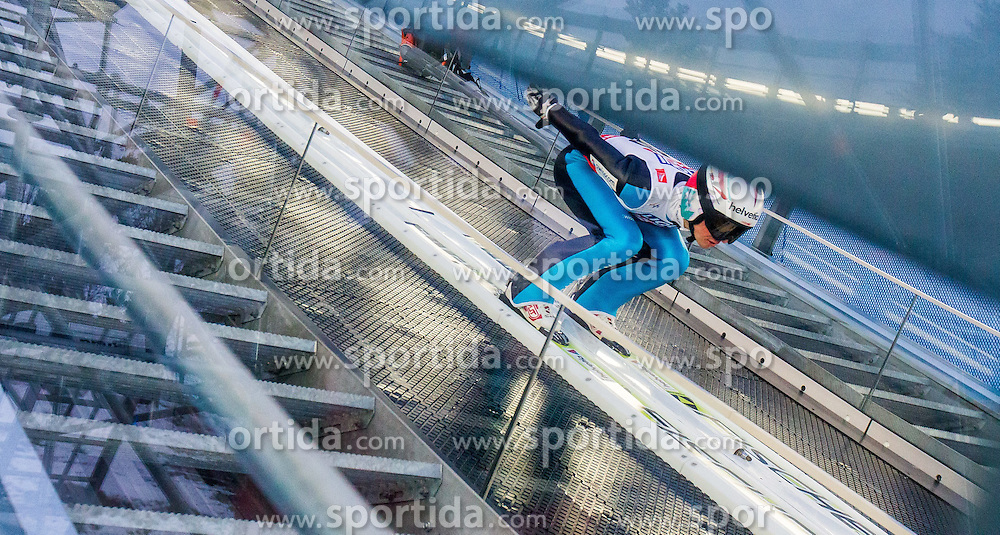 21.02.2015, Lugnet Ski Stadium, Falun, SWE, FIS Weltmeisterschaften Ski Nordisch, Skisprung, Herren, Finale, im Bild Simon Ammann (SUI) // Simon Ammann of Switzerland during the Mens Skijumping Final of the FIS Nordic Ski World Championships 2015 at the Lugnet Ski Stadium, Falun, Sweden on 2015/02/21. EXPA Pictures © 2015, PhotoCredit: EXPA/ JFK