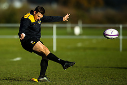 Jimmy Gopperth of Wasps during training ahead of the European Challenge Cup fixture against SU Agen - Mandatory by-line: Robbie Stephenson/JMP - 18/11/2019 - RUGBY - Broadstreet Rugby Football Club - Coventry , Warwickshire - Wasps Training Session