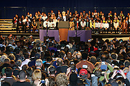 Sen.Kerry durante el rally por la reeleccion de Governador Deval Patrick-(D)en el Hynes Convention Center, en Boston.<br /> <br /> Minutos mas tarde el Presidente Barack Obamas se diriji&oacute; tambien a la audiencia en apoyo al Gov. Deval Patrick