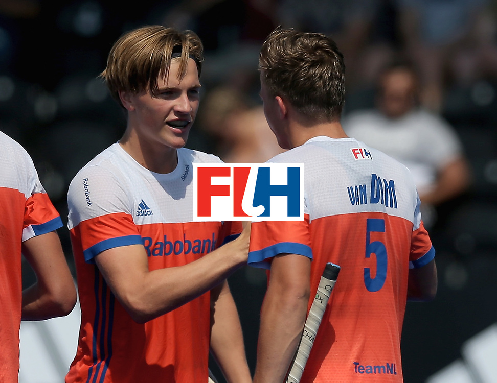 LONDON, ENGLAND - JUNE 19: Jorrit Croon of the Netherlands celebrates scoring his sides second goal with teammate Thijs van Dam during the Hero Hockey World League Semi-Final match between Netherlands and Canada at Lee Valley Hockey and Tennis Centre on June 19, 2017 in London, England. (Photo by Alex Morton/Getty Images)