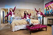 20161110 ANTWERPEN Hotel De Witte Lelie Belgium K3 Hanne Klaartje Marthe  meidengroep poses for the photogtrpaher Studio100 pict FRANK ABBELOOS
