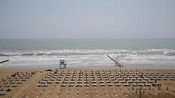 THEMENBILD - Der Strand von Jesolo am 12. Mai 2017.// The beach on 12 May 2017 in Jesolo. EXPA Pictures © 2017, PhotoCredit: EXPA/ Erwin Scheriau