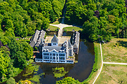 Nederland, Gelderland, Gemeente Renswoude, 13-05-2019; Kasteel Renswoude, historisch monument (vroeger ridderhofstad Borchwal) gelegen op gelijknamig landgoed.<br /> Renswoude Castle, historic monument (formerly Knight's Court town of Borchwal) located on an estate of the same name.<br /> <br /> luchtfoto (toeslag op standard tarieven);<br /> aerial photo (additional fee required);<br /> copyright foto/photo Siebe Swart