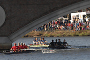 Boston, USA, Master Men's Fours,  Crews, approaching the John Weeks Bridge during the Head of the Charles, Race Charles River,  Cambridge,  Massachusetts. Saturday  20/10/2007 [Mandatory Credit Peter Spurrier/Intersport Images]..... , Rowing Course; Charles River. Boston. USA