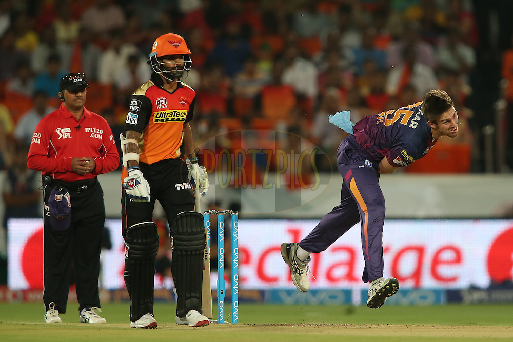 Mitchell Marsh of Rising Pune Supergiants sends down a delivery during match 22 of the Vivo IPL 2016 (Indian Premier League) between the Sunrisers Hyderabad and the Rising Pune Supergiants held at the Rajiv Gandhi Intl. Cricket Stadium, Hyderabad on the 26th April 2016<br /> <br /> Photo by Shaun Roy / IPL/ SPORTZPICS