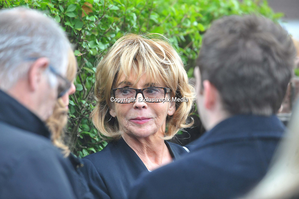 THE FUNERAL SERVICE OF KIRSTY HOWARD THE MANCHESTER BORN FUNDRASER HAS TAKEN PLACE TODAY.....HUNDREDS OF MOURNERS LINED THE STREETS OF MANCHESTER WHERE SHE GREW UP, <br /> <br /> Photo shows: CORRIE STAR SUE JOHNSON<br /> ©Exclusivepix Media