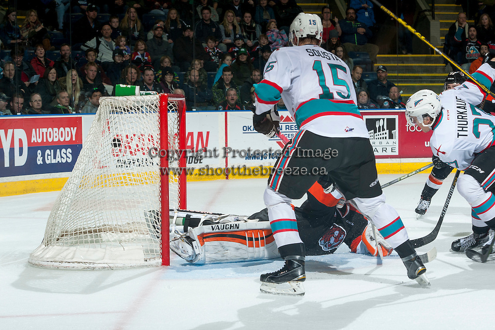 KELOWNA, CANADA - JANUARY 23: The Kelowna Rockets score a goal against the Medicine Hat Tigers on January 23, 2016 at Prospera Place in Kelowna, British Columbia, Canada.  (Photo by Marissa Baecker/Shoot the Breeze)  *** Local Caption *** goal;