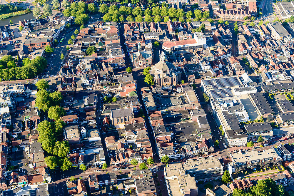 Nederland, Noord-Holland, Gemeente Purmerend, 13-06-2017; overzicht historisch centrum Purmerend, Koepelkerk.<br /> Purmerend, small city north of Amsterdam, historical market town.<br /> <br /> luchtfoto (toeslag op standard tarieven);<br /> aerial photo (additional fee required);<br /> copyright foto/photo Siebe Swart