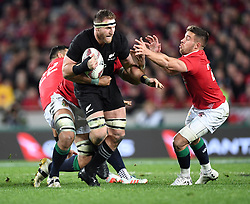 Keiran Read of New Zealand breaks the Lions defence in the third International rugby test match between the the New Zealand All Blacks and British and Irish Lions at Eden Park, Auckland, New Zealand, Saturday, July 08, 2017. Credit:SNPA / Ross Setford  **NO ARCHIVING""