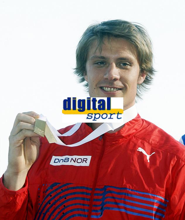 Friidrett, 1. august  2010 ,<br /> EM Barcelona<br /> <br /> European Athletics Championships<br /> Barcelona<br /> <br /> <br /> Andreas Thorkildsen , Norge vant EM-gull  her med medaljen<br /> <br /> <br /> Foto: Anders Hoven , Digitalsport