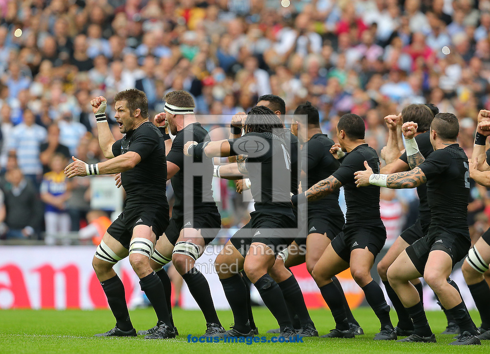 The New Zealand team perform the Haka before the 2015 Rugby World Cup match at Wembley Stadium, London<br /> Picture by Paul Terry/Focus Images Ltd +44 7545 642257<br /> 20/09/2015