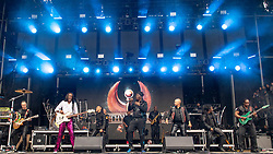 May 25, 2018 - Napa, California, U.S - SERG DIMITRIJEVIC, VERDINE WHITE, B. DAVID WHITWORTH, PHILIP BAILEY, RALPH JOHNSON, MYRON MCKINLEY and MORRIS O'CONNOR of Earth, Wind and Fire during BottleRock Music Festival at Napa Valley Expo in Napa, California (Credit Image: © Daniel DeSlover via ZUMA Wire)