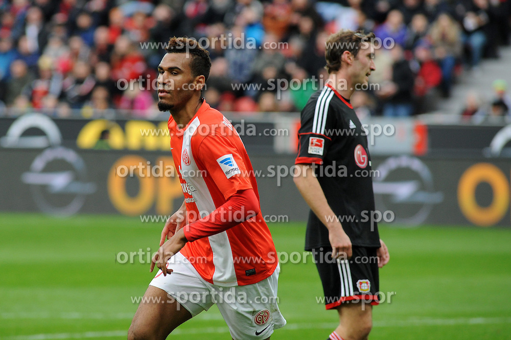 01.03.2014, BayArena, Leverkusen, GER, 1. FBL, Bayer 04 Leverkusen vs 1. FSV Mainz 05, 23. Runde, im Bild Stefan Reinartz ( rechts Bayer 04 Leverkusen ) ist enttaeuscht, Torschuetze Eric Maxim Choupo-Moting ( links FSV Mainz 05 ) dreht jubelnd ab // during the German Bundesliga 23th round match between Bayer 04 Leverkusen and 1. FSV Mainz 05 at the BayArena in Leverkusen, Germany on 2014/03/01. EXPA Pictures &copy; 2014, PhotoCredit: EXPA/ Eibner-Pressefoto/ Thienel<br /> <br /> *****ATTENTION - OUT of GER*****