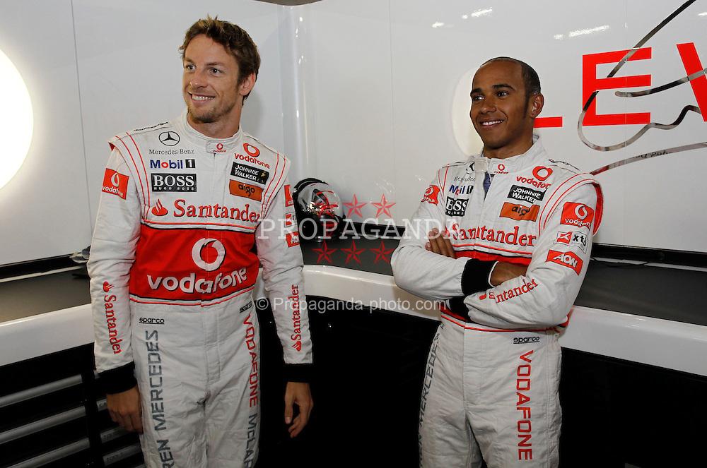 Motorsports / Formula 1: World Championship 2010, GP of Japan, 01 Jenson Button (GBR, Vodafone McLaren Mercedes), 02 Lewis Hamilton (GBR, Vodafone McLaren Mercedes),