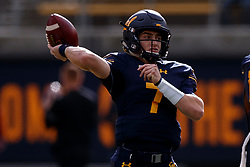 BERKELEY, CA - DECEMBER 01:  Quarterback Chase Garbers #7 of the California Golden Bears warms up before the game against the Stanford Cardinal at California Memorial Stadium on December 1, 2018 in Berkeley, California. (Photo by Jason O. Watson/Getty Images) *** Local Caption *** Chase Garbers
