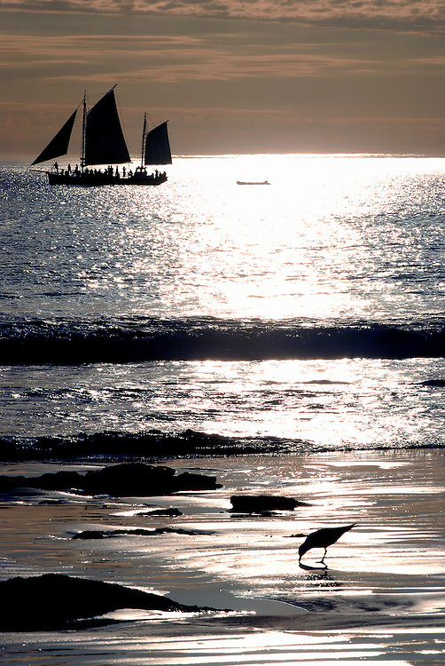 Setting sun and sailing boat - Cable Beach Broome 27 June 2006