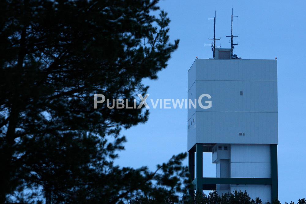 F&ouml;rderturm des Bergwerks zur Erkundung eines Endlagers f&uuml;r hochradioaktiven Atomm&uuml;ll in Gorleben<br /> <br /> Ort: Gorleben<br /> Copyright: Andreas Conradt<br /> Quelle: PubliXviewinG