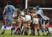 Photo: Rich Eaton.<br /> <br /> Cardiff Blues v Leicester Tigers. Heineken Cup. 29/10/2006.Ben Kay centre in a headguard leads a  Leicester maul