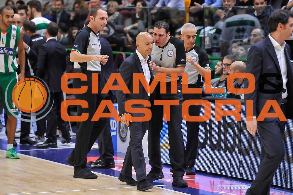 DESCRIZIONE : Campionato 2014/15 Dinamo Banco di Sardegna Sassari - Sidigas Scandone Avellino<br /> GIOCATORE : Stefano Sardara Attard<br /> CATEGORIA : Fair Play<br /> SQUADRA : Dinamo Banco di Sardegna Sassari<br /> EVENTO : LegaBasket Serie A Beko 2014/2015<br /> GARA : Dinamo Banco di Sardegna Sassari - Sidigas Scandone Avellino<br /> DATA : 24/11/2014<br /> SPORT : Pallacanestro <br /> AUTORE : Agenzia Ciamillo-Castoria / Luigi Canu<br /> Galleria : LegaBasket Serie A Beko 2014/2015<br /> Fotonotizia : Campionato 2014/15 Dinamo Banco di Sardegna Sassari - Sidigas Scandone Avellino<br /> Predefinita :