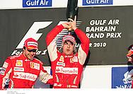 Grand prix de Bahraïn 2010..Circuit de shakir. 14 mars 2010..Course..Photo Stéphane Mantey/ L'Equipe. *** Local Caption *** massa (felipe) - (bre) -..alonso (fernando) - (esp) - ..