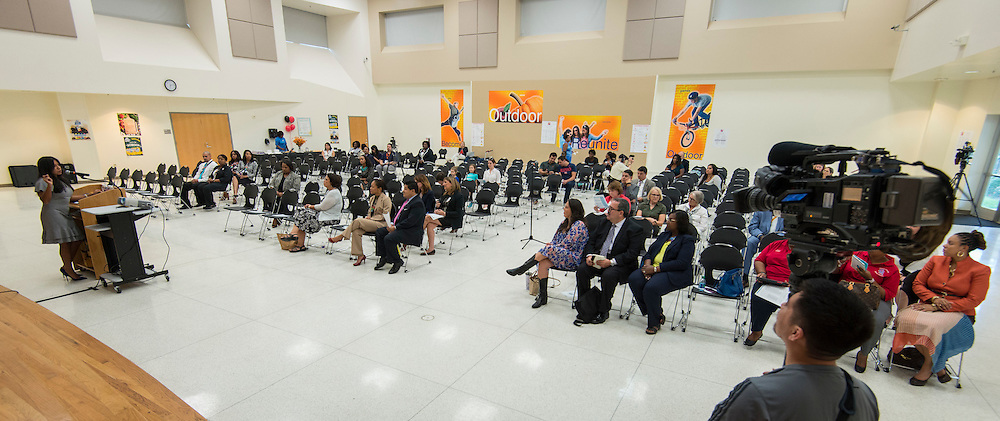 Houston ISD Trustee Diana Davila introduces Superintendent Richard Carranza to staff and families on the first stop of his Listen & Learn Tour of the district at Gregory-Lincoln Education Center, September 14, 2016.